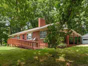 124 Trantham Road in Canton, NC 28716 - MLS# 3649214