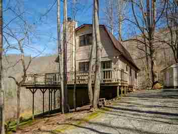 187 Mystic Cove in Waynesville, NC 28785 - MLS# 3649383