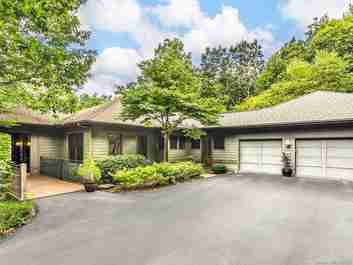 720 Overlook Drive in Flat Rock, NORTH CAROLINA 28731 - MLS# 3649391
