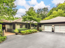 720 Overlook Drive in Flat Rock, NC 28731 - MLS# 3649391