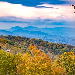 Photo of House with Mountain View in Asheville