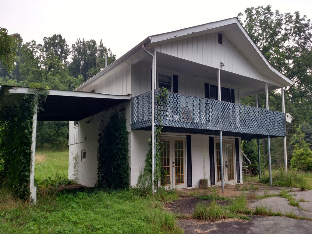 344 Yellow Bird Branch Road in Sylva, North Carolina 28779 - MLS# 3383081