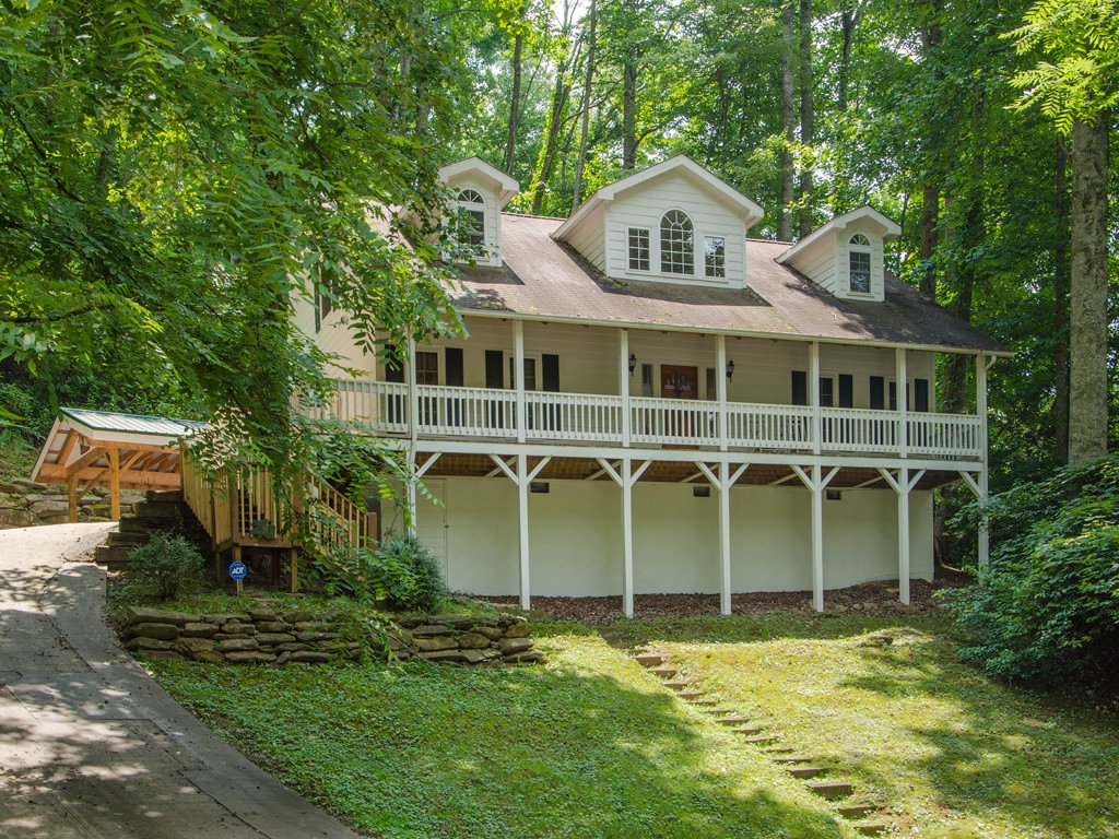 14 Greenview Drive #7 in Maggie Valley, North Carolina 28751 - MLS# 3413259