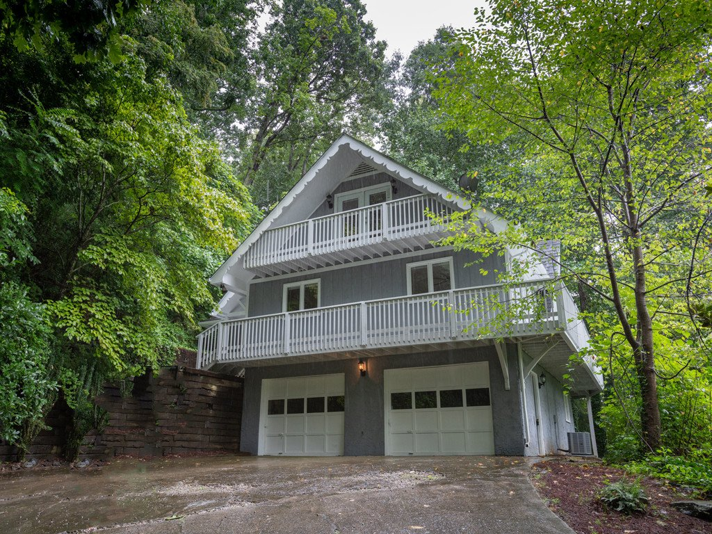 29 Innsbrook Road in Asheville, North Carolina 28804 - MLS# 3418164