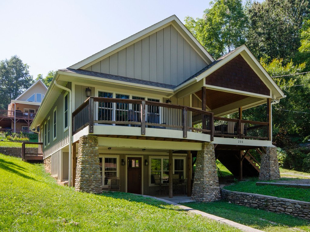 200 Stuart Circle in Lake Junaluska, North Carolina 28745 - MLS# 3430117