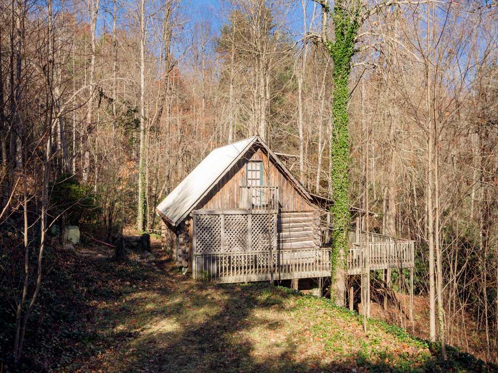 523 Boone Top Drive in Zirconia, North Carolina 28790 - MLS# 3453581