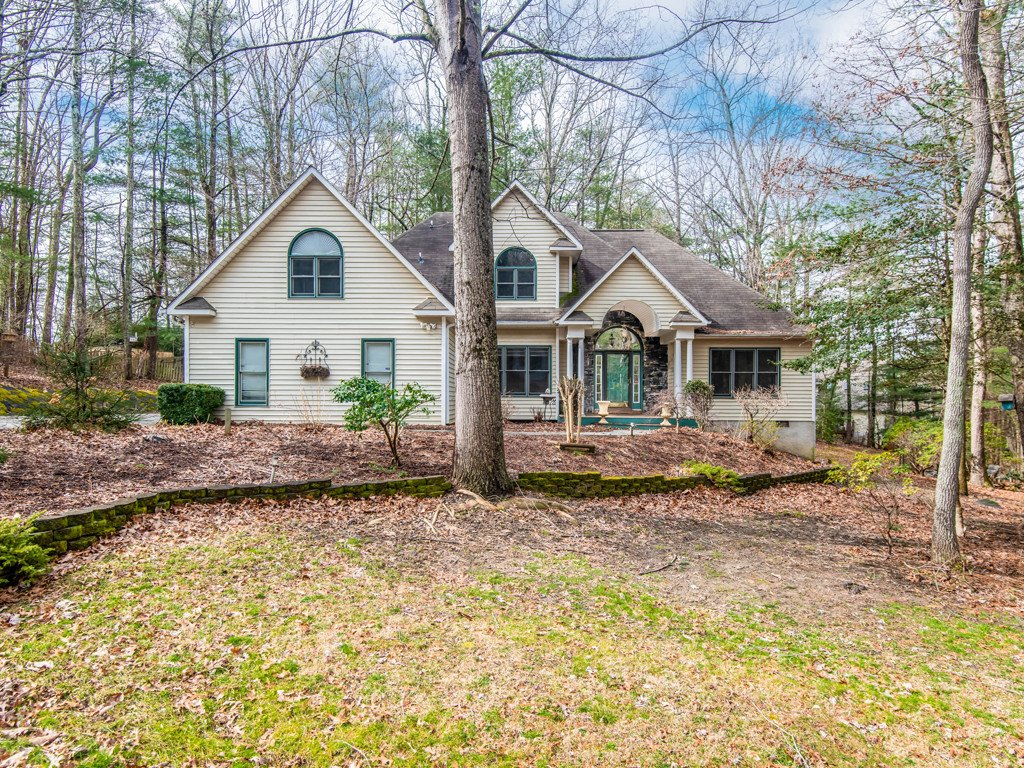 628 Shawn Rachel Parkway in Hendersonville, North Carolina 28792 - MLS# 3469124