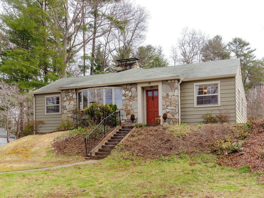 10 Red Oak Road in Asheville, North Carolina 28804 - MLS# 3485369