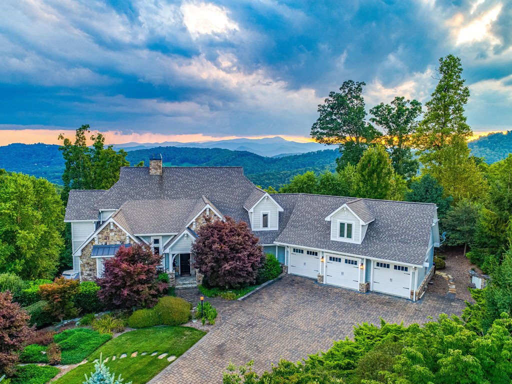 40 Windcliff Drive in Asheville, North Carolina 28803 - MLS# 3487349