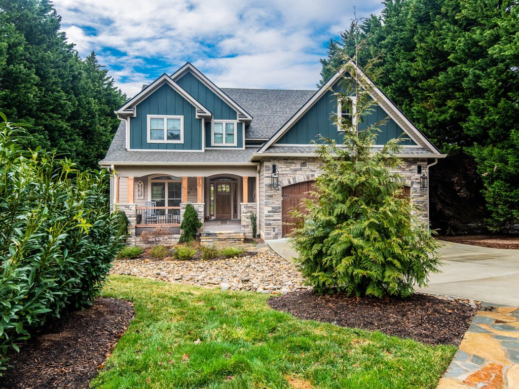 19 Ridgefield Place in Asheville, North Carolina 28803 - MLS# 3496539