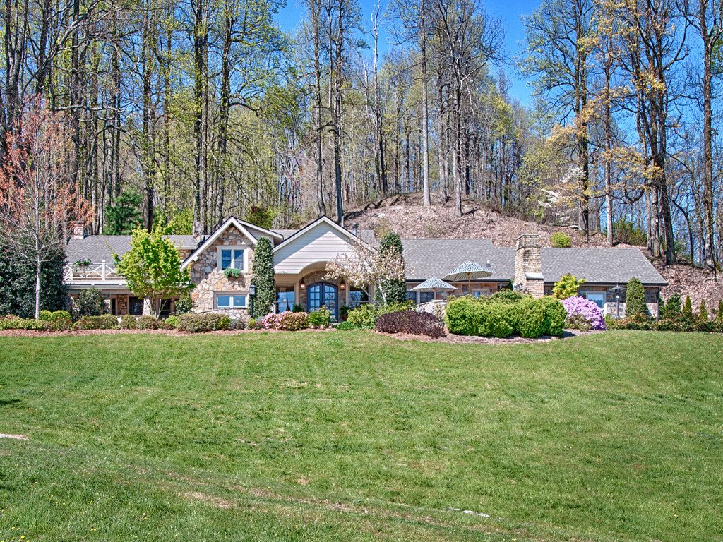370 Pinnacle Mountain Road in Zirconia, North Carolina 28790 - MLS# 3510431