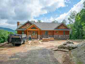 491 Ambling Trace in Mars Hill, North Carolina 28714 - MLS# 3517666