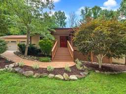 16 Badger Run in Hendersonville, North Carolina 28739 - MLS# 3521779