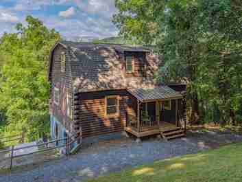 119 Loop Road in Clyde, North Carolina 28721 - MLS# 3538477