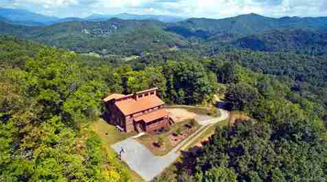 360 Throwing Stones Road in Sylva, North Carolina 28779 - MLS# 3446529