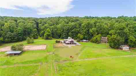 5519 Hunting Country Road in Tryon, North Carolina 28782 - MLS# 3458347