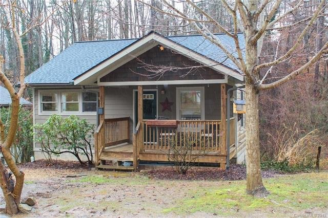 37 Melbourne Place in Asheville, North Carolina 28801 - MLS# 3461475
