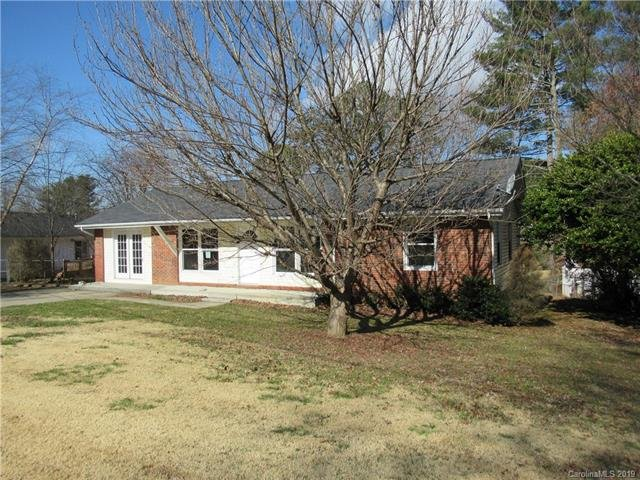 124 Maywood Road in Hendersonville, North Carolina 28792 - MLS# 3475433