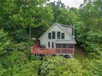 104 Gold Creek Crossing in Black Mountain, North Carolina 28711 - MLS# 3501728