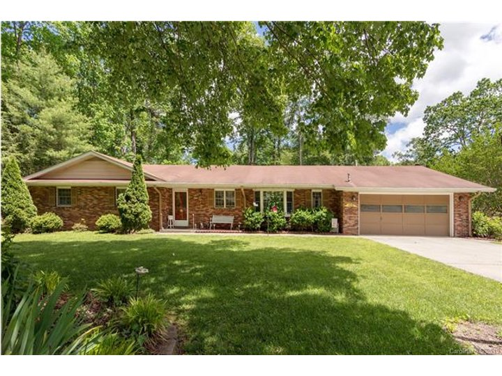 Image 1 for 109 W Laurel Lane in Etowah, North Carolina 28729 - MLS# 3506241