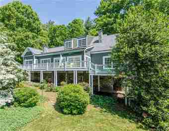 4 White Birch Drive in Mills River, North Carolina 28759 - MLS# 3506596
