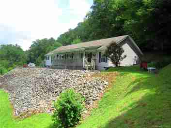 91 Shumate Road in Black Mountain, North Carolina 28711 - MLS# 3526616