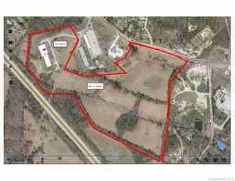 000 Commercial Hill Drive in Hendersonville, North Carolina 28792 - MLS# 3529598